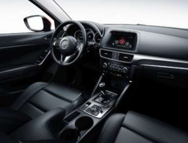 Салон автомобиля Mazda CX-5