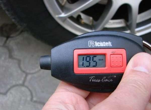 Как выбрать манометр для измерения давления воздуха