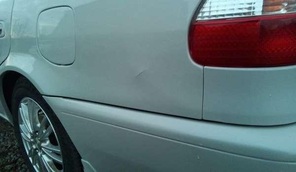 Что делать, если вздулась краска на автомобиле