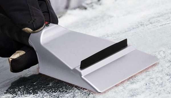 Скребок для автомобиля от снега