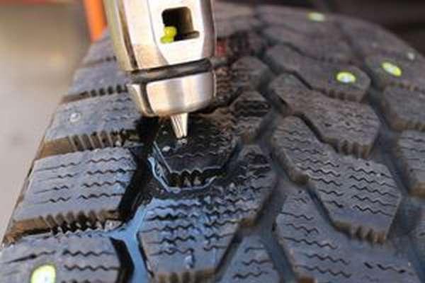 Ошиповка шин колес
