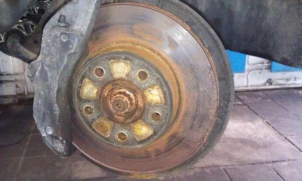 Коррозия тормозных дисков