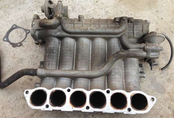 Система впуска и выпуска двигателя