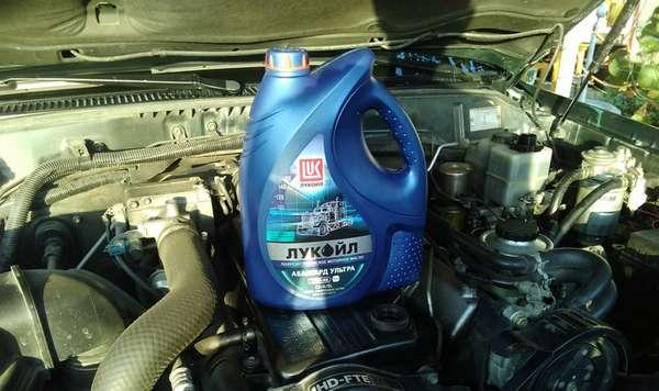 Применение моторного масла Лукойл Авангард