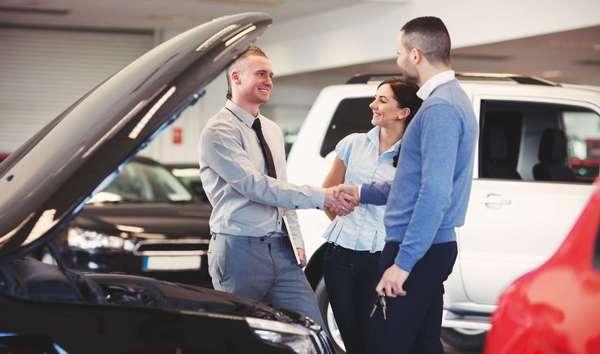 Продажа авто в автосалоне