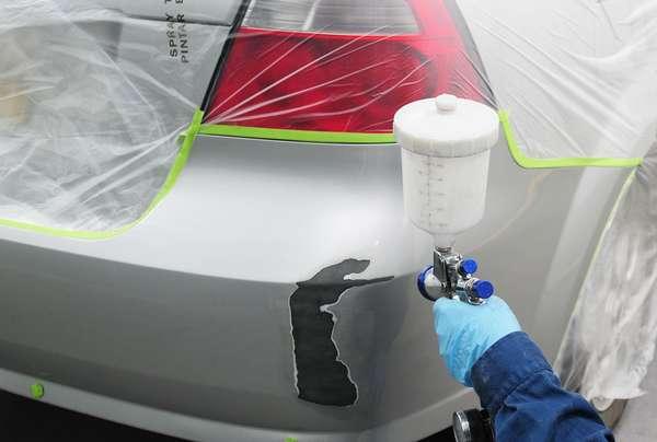 Нанесение краски на бампер