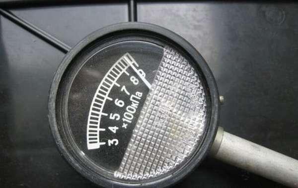 Манометр для измерения давления в шинах