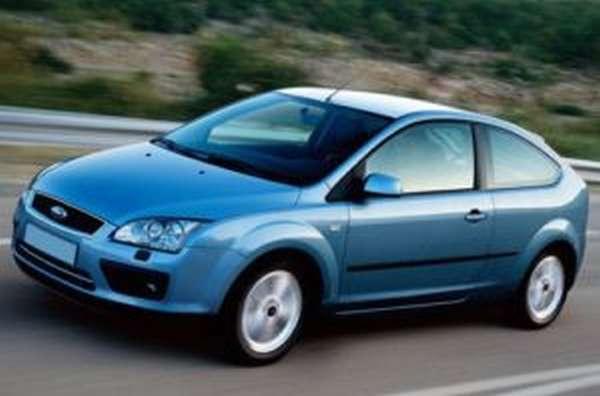 Автомобиль Форд Фокус 2