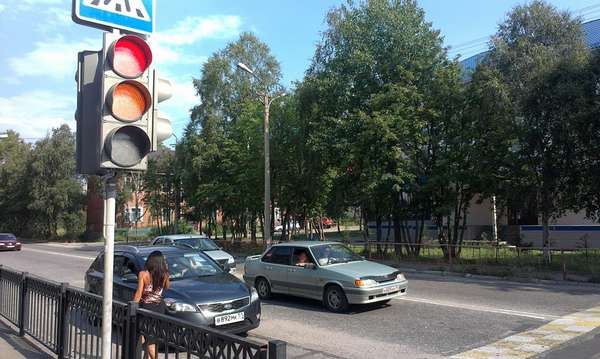 Как трогаться на светофоре