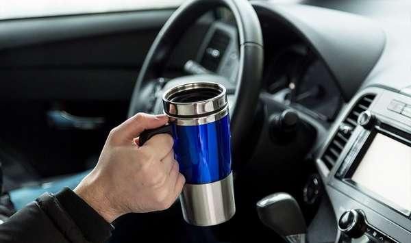 Как выбрать автомобильную термокружку с подогревом