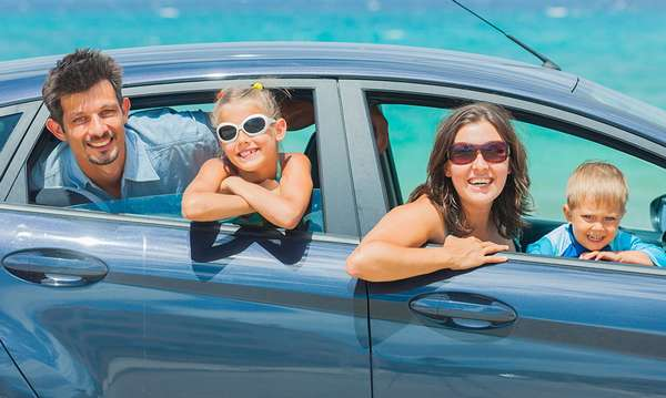 Семейное путешествие в машине
