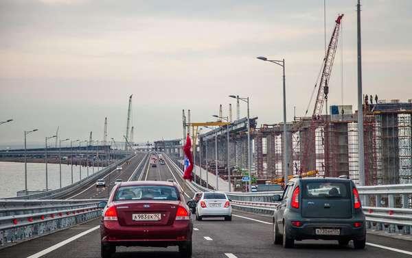 Как правильно проехать по Крымскому мосту