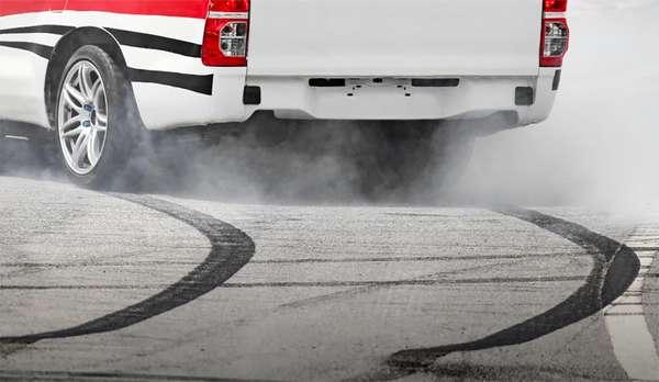 Как правильно тормозить двигателем