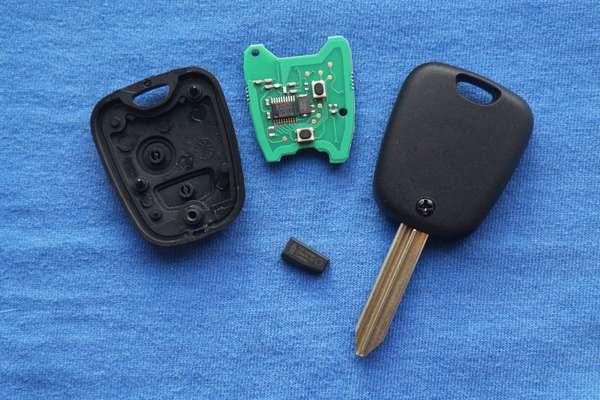 Как изготовить дубликат ключа с чипом для автомобиля