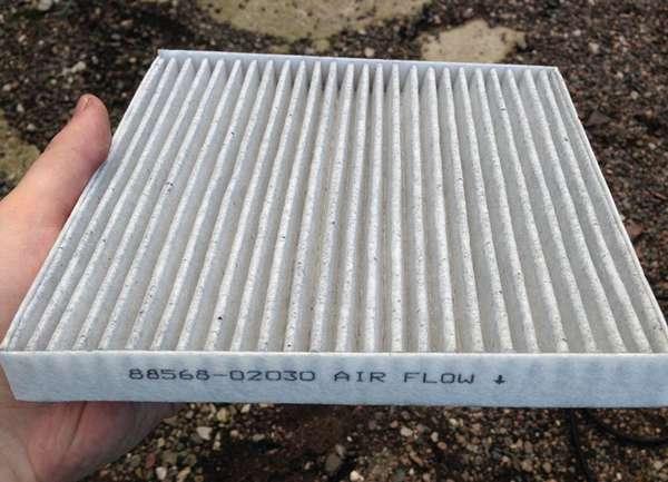 Угольный салонный фильтр для автомобиля