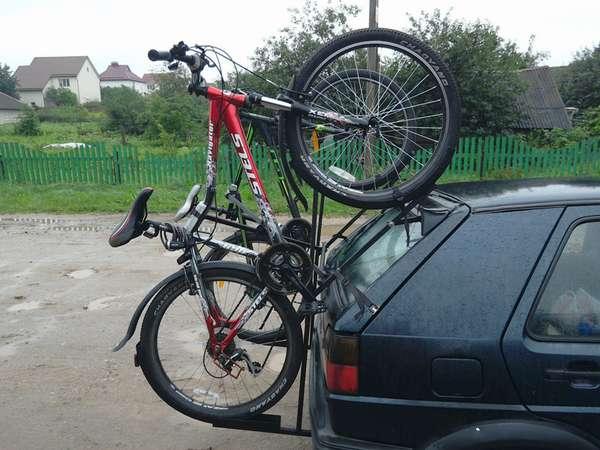 Как закрепить велосипед на машине