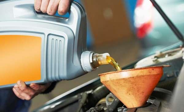 Залить новое масло