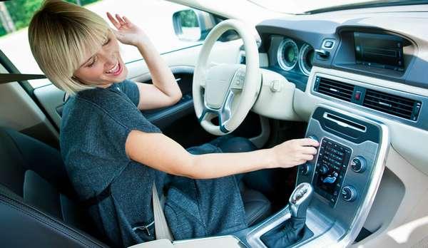 Что делать, если плохо ловит радио в машине