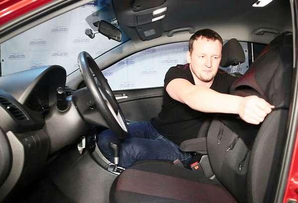 Как надеть чехлы на сиденья автомобиля