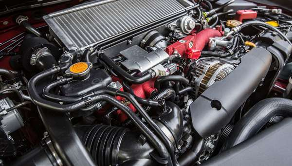 Оппозитный автомобильный двигатель