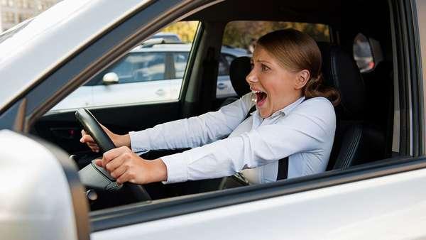 Время реакции водителя